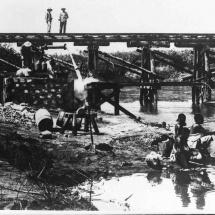 Brücke, Behelf a. d. Strecke Dar-es--Salam - Morogoro